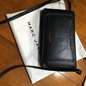 Marc by Marc Jacobs recruit wallet with strap